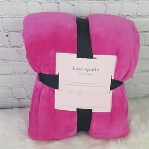 Kate Spade Full Queen Fleece Blanket Hot Pink